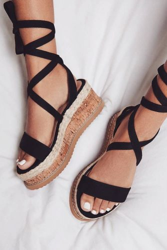 Stylish and Comfy Strappy Sandals picture 6