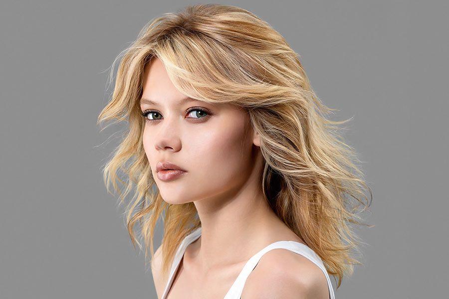 Shining Looks for Medium Hair with Bangs