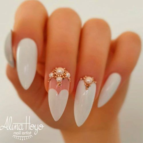 White Nails with Gold Rhinestones #whitenails #rhinestonesnails