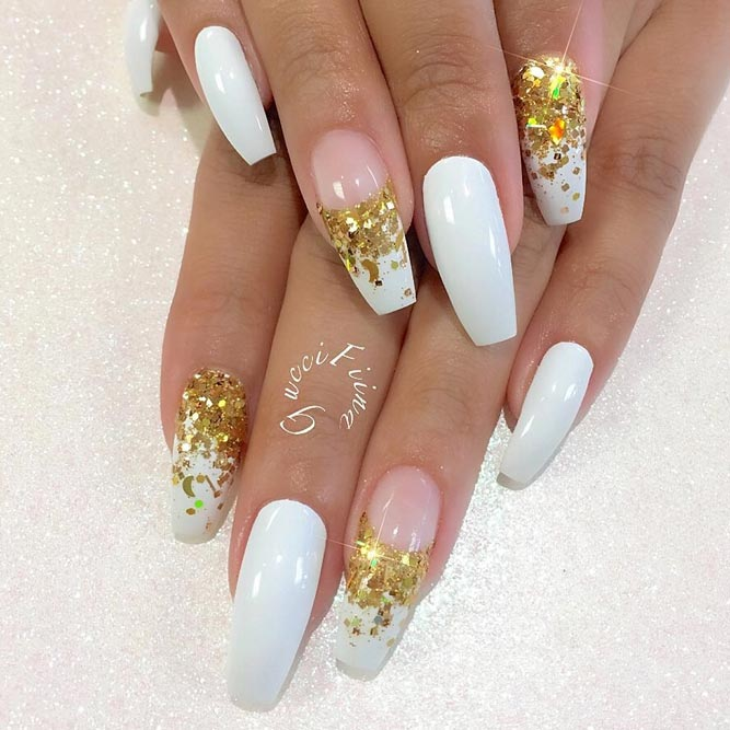 Stunning White Coffin Nail Designs picture 2