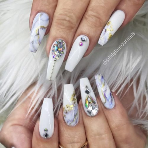 White Coffin Nails With Blue Marble Stone Patterns #marblenails #crystalsnails