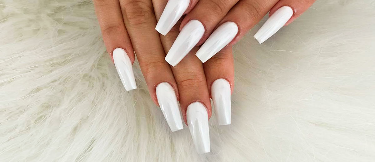- 33 Fancy White Coffin Nails Designs