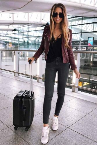 Comfy Travel Outfit Ideas picture 2
