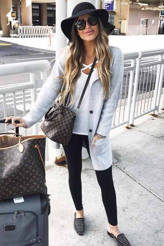Fresh Airplane Outfit Ideas picture 2