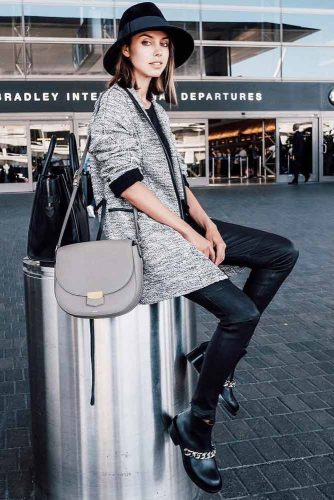 Comfy Travel Outfit Ideas picture 4