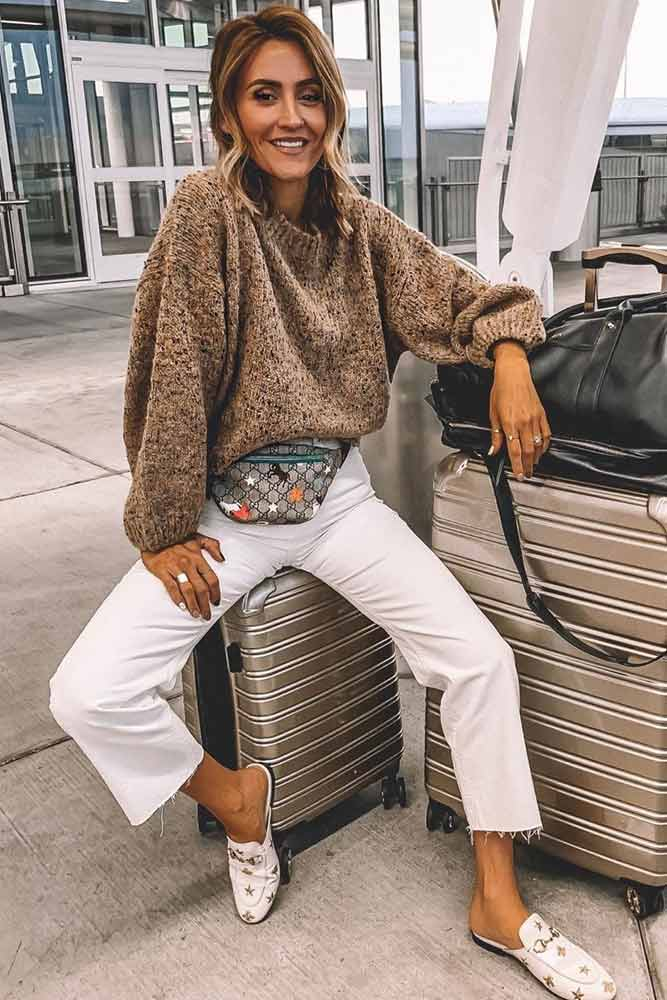 Oversized Sweater With White Pants Outfit #whitepants