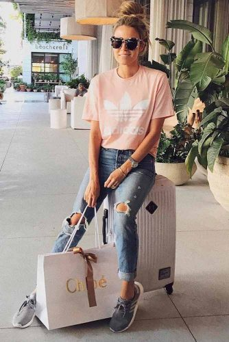 Popular Airport Outfit Ideas picture 4