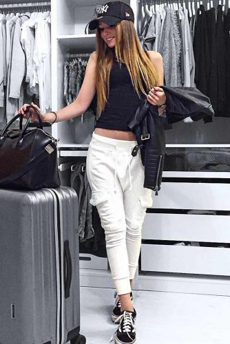 Fresh Airplane Outfit Ideas picture 5