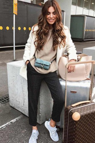 Fresh Airplane Outfit Ideas picture 4