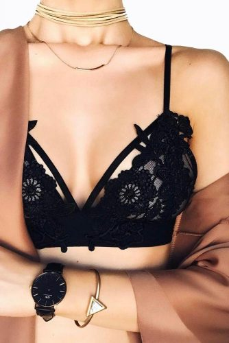 Adorable Black Lace Bralette Ideas picture 5