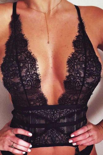 Hottest Black Lace Bralette Ideas picture 6