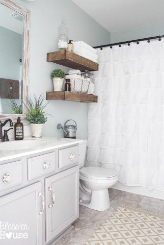 Stylish and Useful Bathroom Decorating picture 4