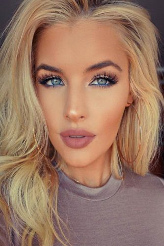Full Makeup Looks for Girls with Blonde Eyebrows picture 4