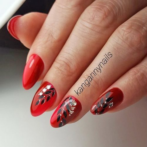 Cool Nail Designs in Red Color picture 1