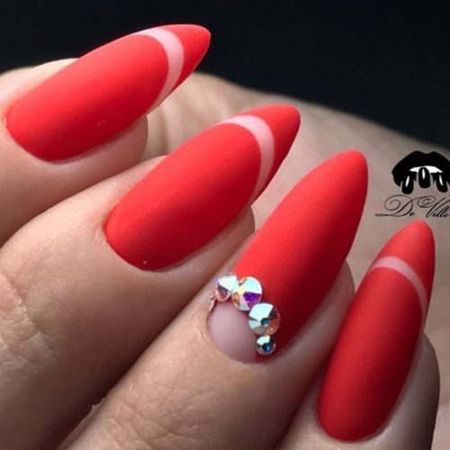 Pretty Nail Designs in Red Color picture 2