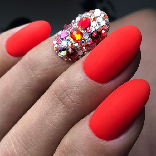 Pretty Nail Designs in Red Color picture 4