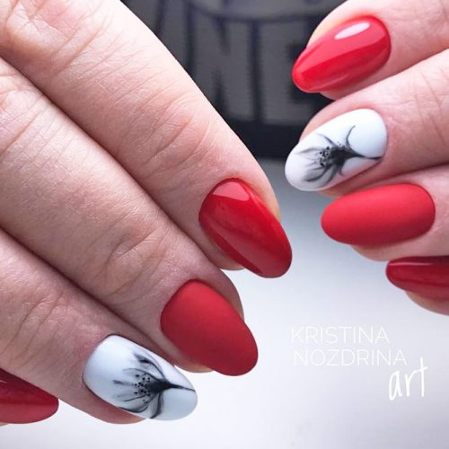 Pretty Nail Designs in Red Color picture 3