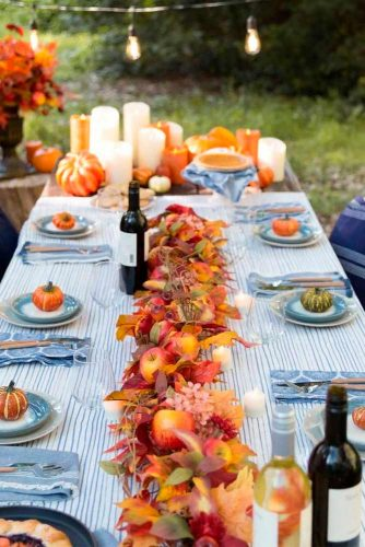 Wedding Сenterpieces With Fall Foliage And Apples #fallweddingdecor #weddingcenterpieces