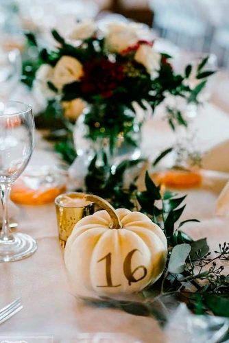 Wedding Tabletop Decoration With Pumpkins #fallweddingdecor #weddingcenterpieces