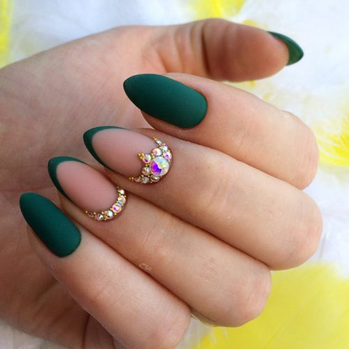 Stunning Green Nail Designs for Any Occasion picture 3