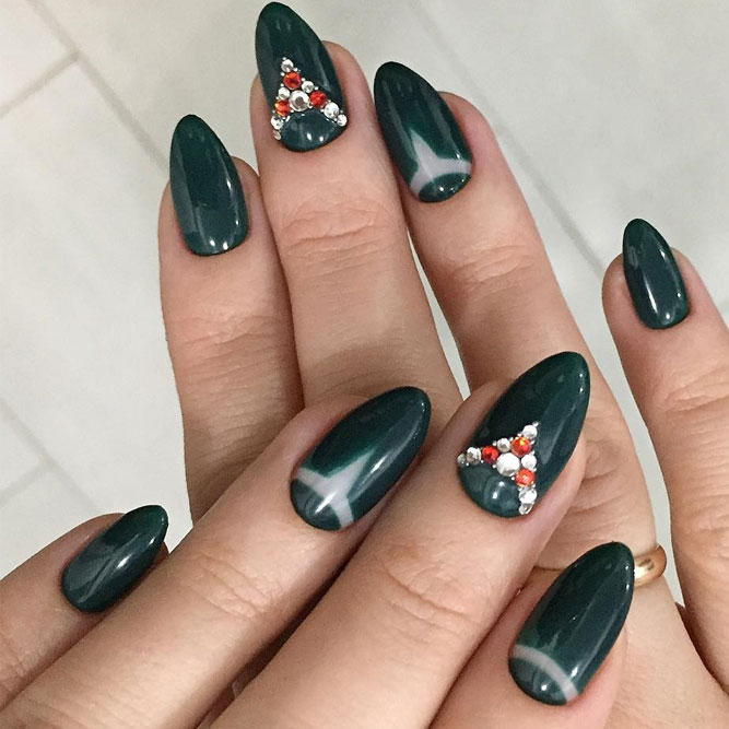 Cute Dark Green Nail Designs picture 4