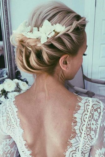 Trendy Bridesmaid Hairstyles picture 3
