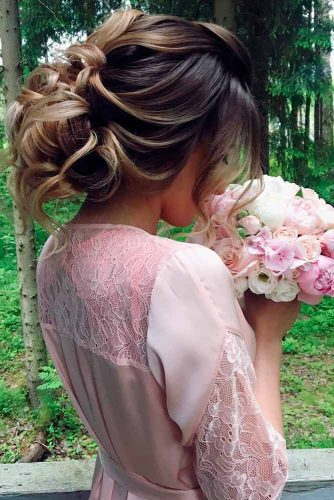 Chic and Stylish Hairstyle for Maid of Honor picture 2