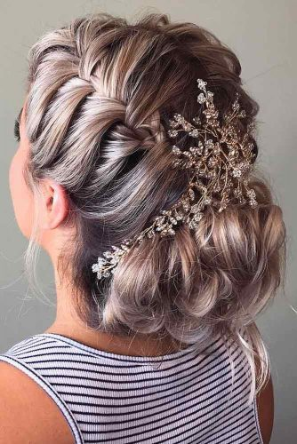 Chic and Stylish Hairstyle for Maid of Honor picture 4