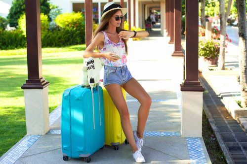 Airplane Outfits Ideas: How To Travel In Style
