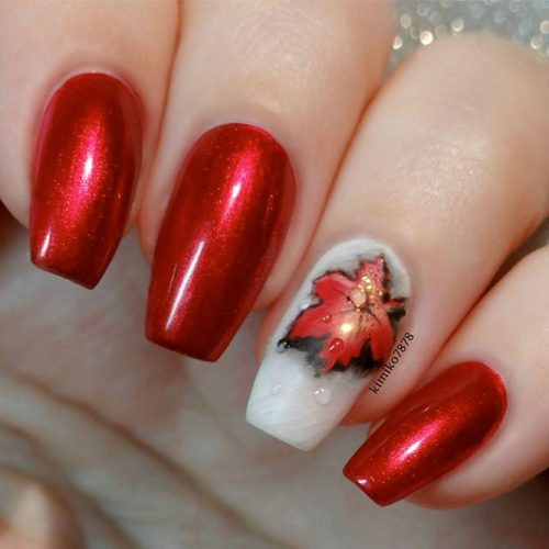 Red Coffin Nails With Leaves #laevesnaildesign #rednails #coffinnails
