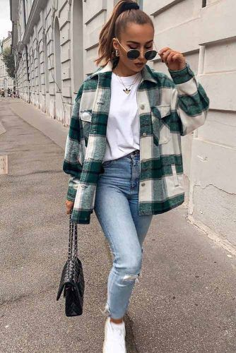 Comfy Fall Look With Flannel Shirt #flannelshirt #jeans