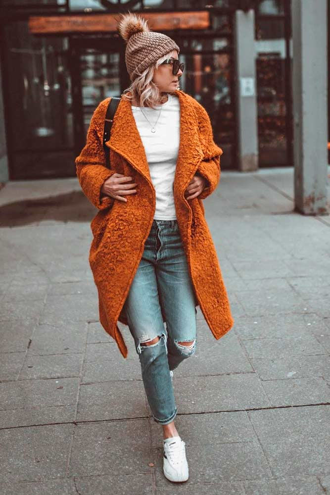 Orange Jacket to Accentuate Your Look #brightoutfit #trendyfalllook