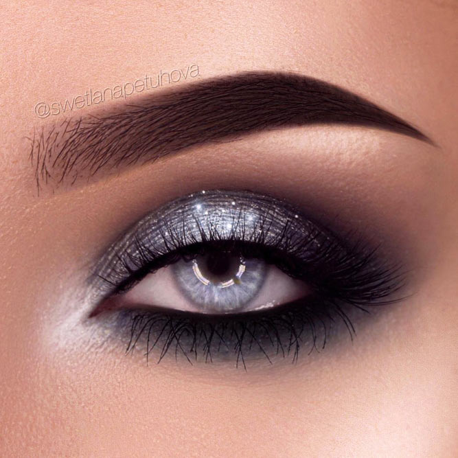 Silver Glittery Smokey Eye Makeup