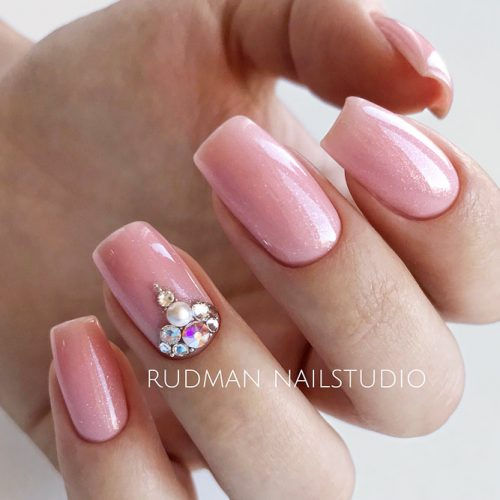 Delicate Nude Manicure Ideas Decorated With Rhinestones For Homecoming Event #squarenails #longnails #rhinestonesnails #nudenails #pinknails