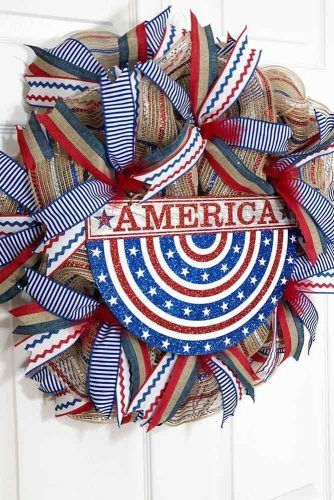 Patriotic Door Decor Idea #patrioticwreath