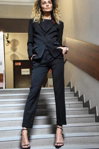Classic Women Suits picture 6