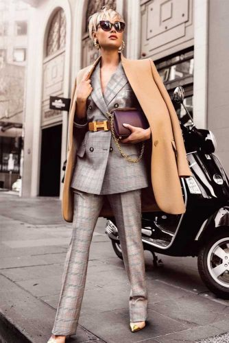 Comfy Power Suits Ideas to Create Your Work Outfit picture 6