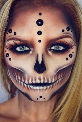 Black Pearls Sugar Skull Makeup Idea