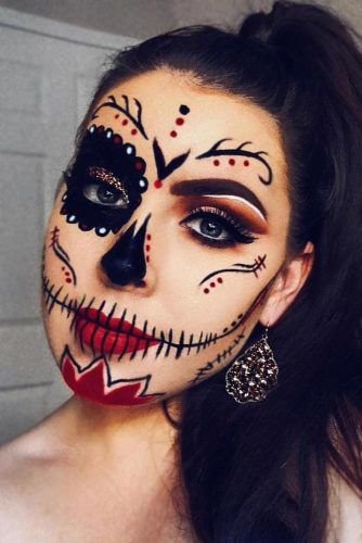 Classy Black And Red Sugar Skull Idea #blacksugarskull #halfface
