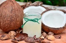 Benefits Of Using Coconut Oil For Skin