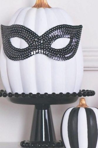Amazing Pumpkin Decorating Ideas You Can Do Yourself picture 2