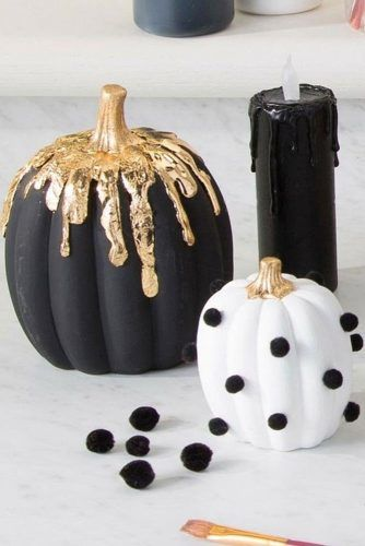 Black And White Pumkins With Gold Glitter And Pom Poms #goldglitter #pompoms