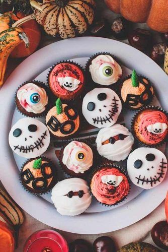 Spooky Cuocakes #cupcakes #partyfood