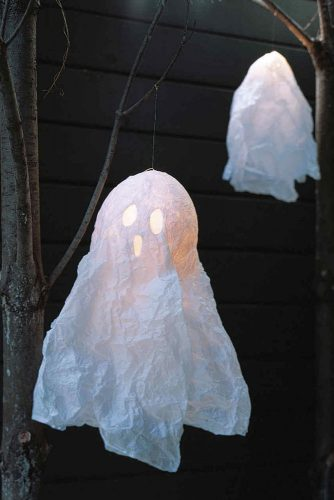 Spooky Outdoor Halloween Decorations for More Fun picture 2
