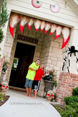 Spooky Outdoor Halloween Decorations for More Fun picture 6