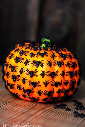 Easy DIY Halloween Decorations picture 3