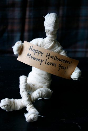 Easy DIY Halloween Decorations picture 5