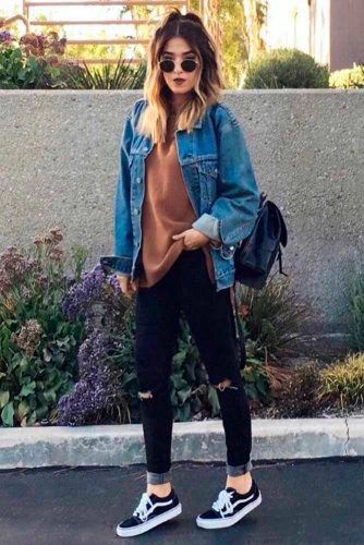 Sporty Look With Denim Jacket And Gumshoes #stylishlook #casualoutfits