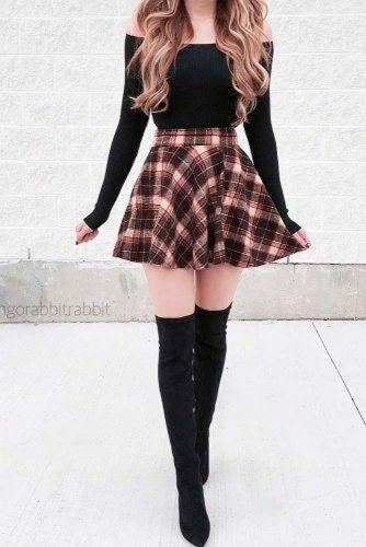 Schoolgirl look #stylishlook #casualoutfits