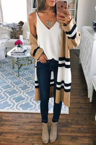 Comfy Fall Outfit with Skinny Jeans